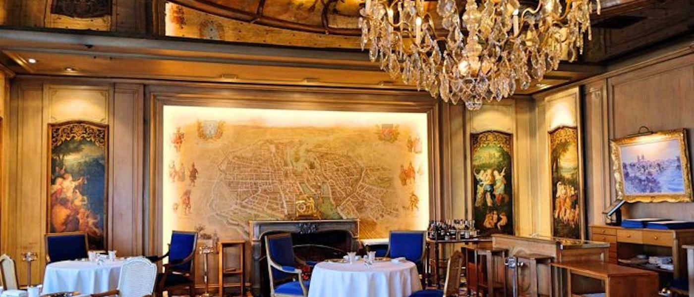 巴黎美食部落客推薦10款米其林餐廳的最佳穿搭小物
