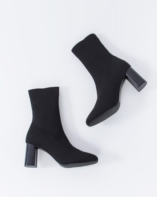 Mercci22 個性彈力貼腿粗跟短靴 1