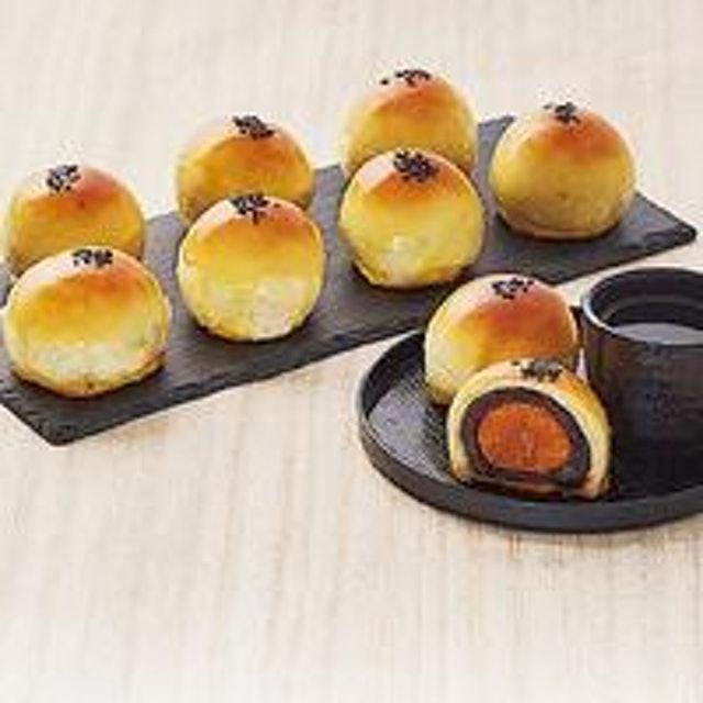 龍鳳堂餅舖 烏豆沙蛋黃酥 1