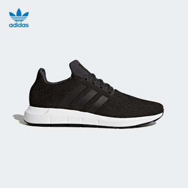 adidas SWIFT RUN 經典鞋 1