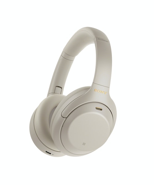 SONY 降噪耳罩式耳機 1