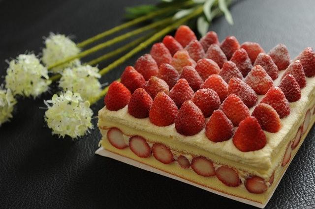 新巧屋 草莓爆多蛋糕 1