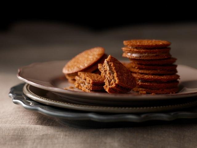 CARAMEL GHOST HOUSE 焦糖巧克力夾心餅乾 1