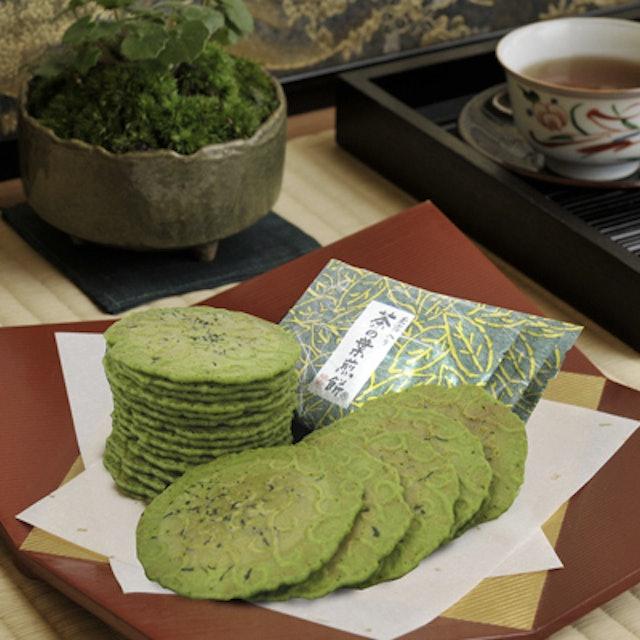 京煎堂  茶の葉煎餅 1