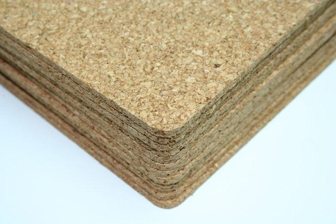 根據需求選擇「軟木+樹脂雙層構造」或「100%軟木材質」
