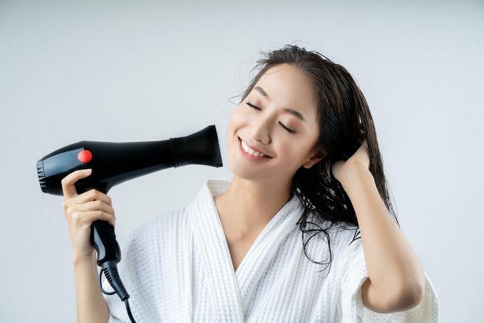 膠原蛋白離子:溫柔呵護頭皮髮絲