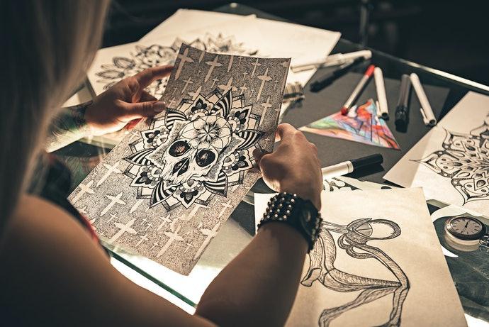 利用轉印貼紙享受製作原創紋身的樂趣