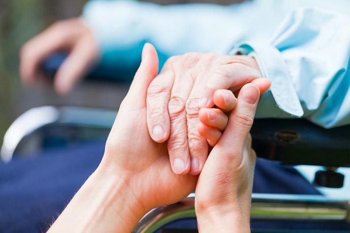 扶手型:需特別照護、身體容易搖晃者的必備品