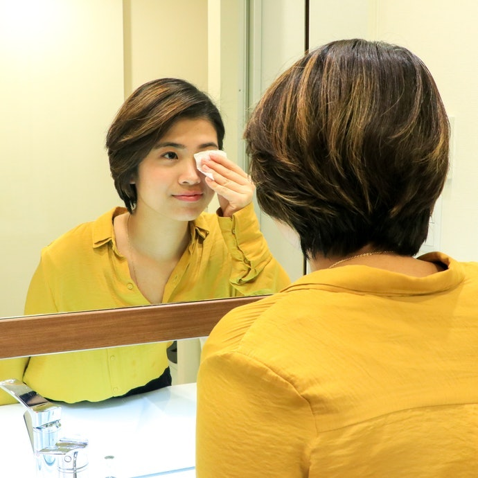 溫水可卸睫毛膏的卸除方法