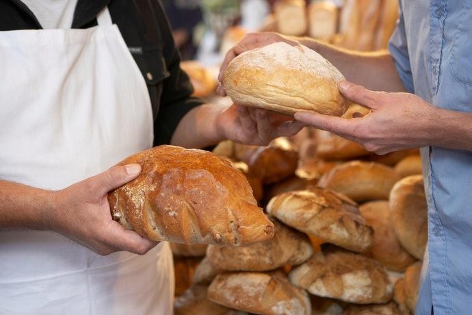 從位於麵包高消費城市的店舖著手