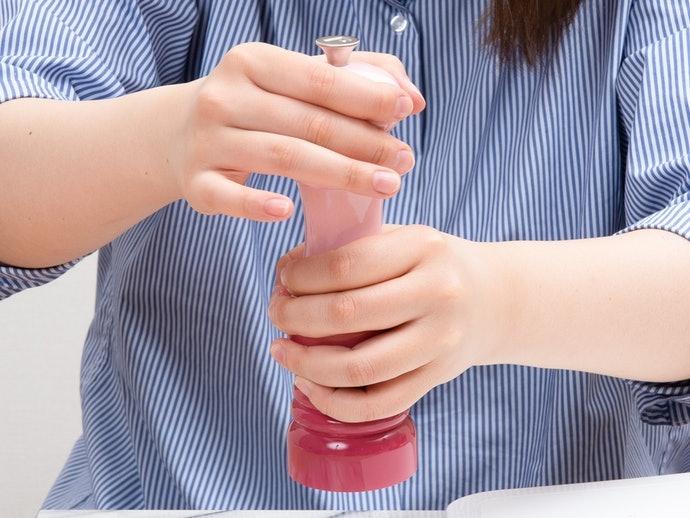 配合手掌大小選擇尺寸,建議高度為12cm 以上
