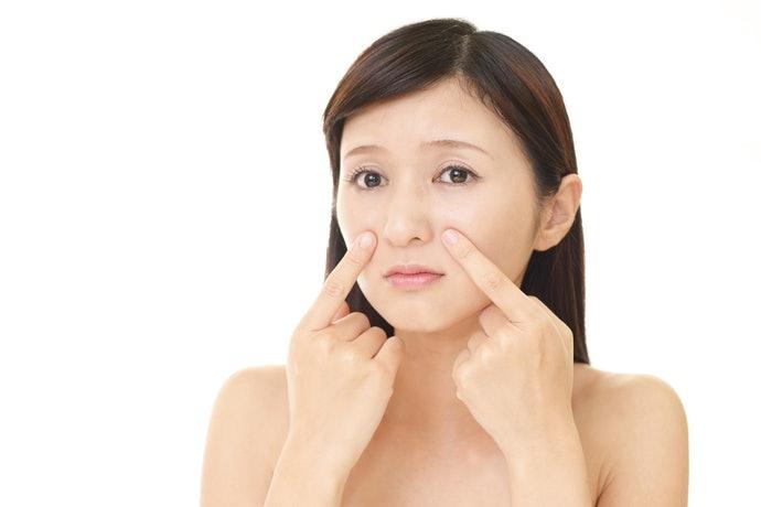 肌膚乾燥、毛孔粗大者:注重保濕成分