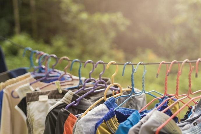 建議區分收納用及曬乾用衣架