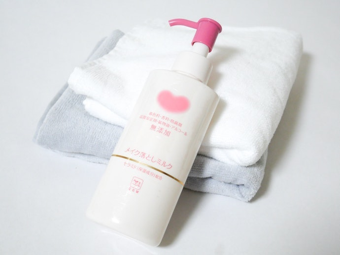 牛乳石鹼 無添加卸妝乳的使用方法