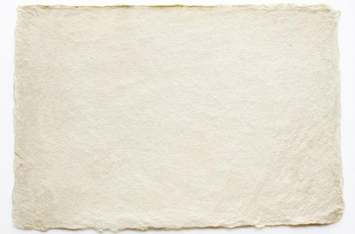 紙製:推薦油性肌膚使用