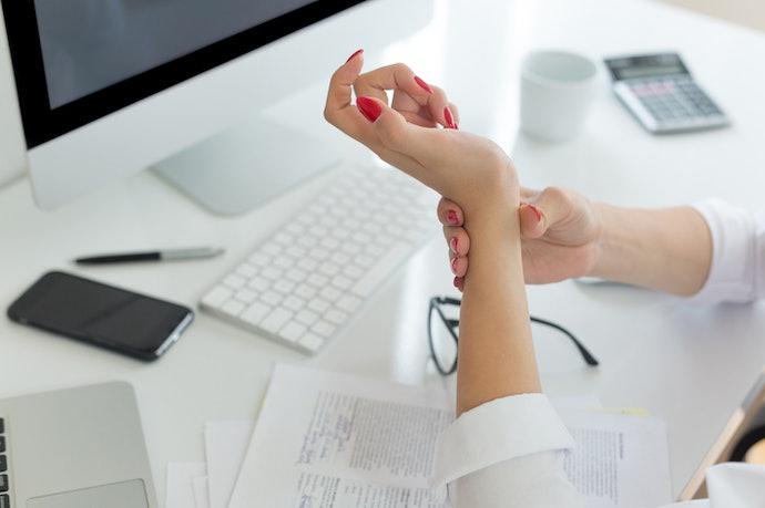 使用電腦工作時的好幫手:護腕墊