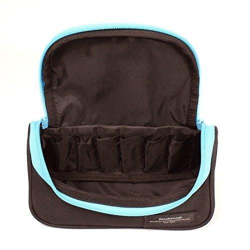 當作化妝包或工具包:大容量筆袋