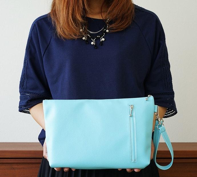 手拿包型:外觀時尚,當成一般外出包也很適合