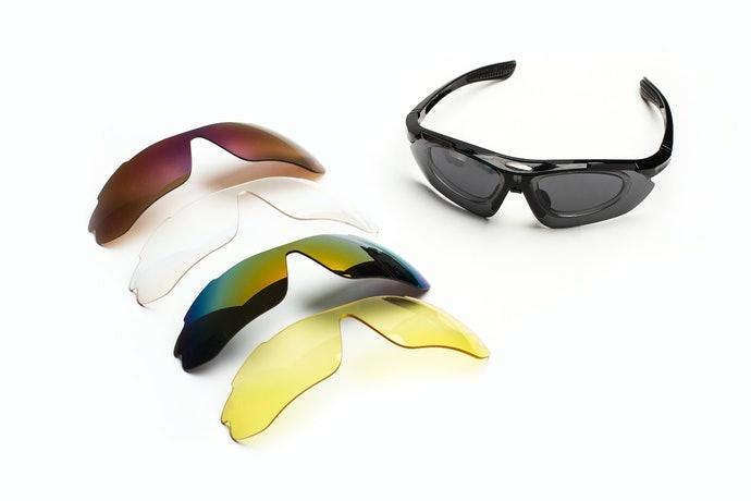也可考慮包覆式或夾式太陽眼鏡