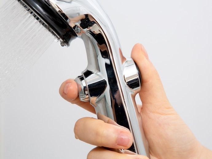 止水按鈕:方便隨時控制出水,避免無謂浪費
