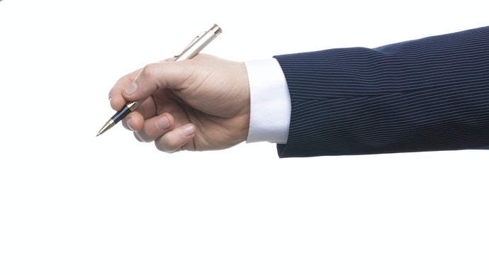 最適合的筆身寬度取決於手的大小