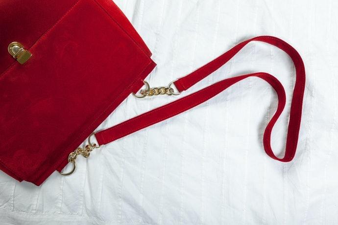 附吊繩或鎖扣的商品更便利