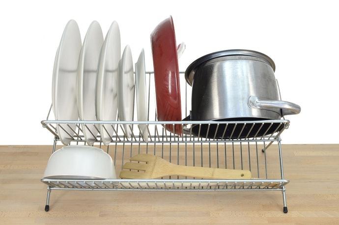 直立式瀝水架:瀝乾少量器皿