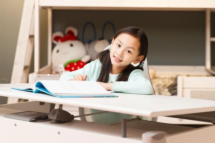 確認桌面尺寸:100×60cm為基準
