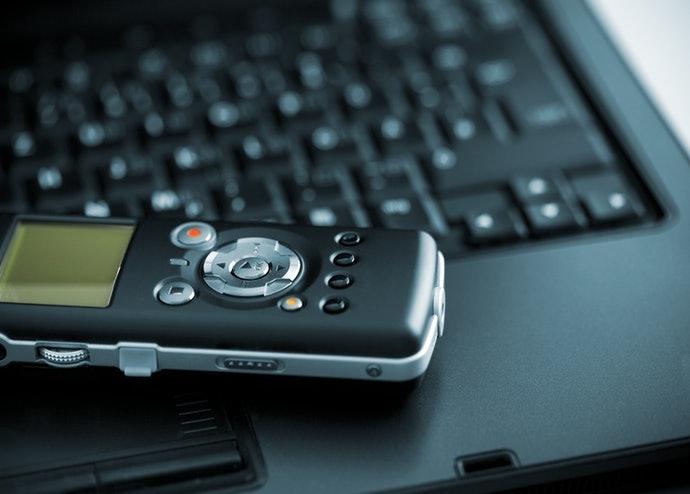 錄音檔案如需挪移存取,則須選用可與電腦連結的商品