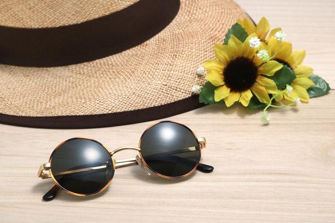 夏天外出使用:選擇具防曬係數的產品