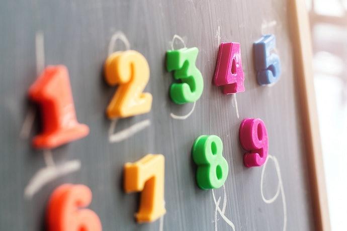 培養表現力:選擇注音符號和數字玩具