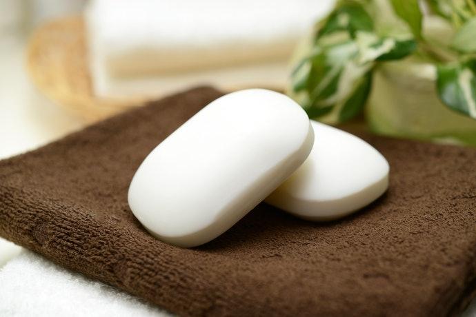 與洗面乳、肥皂一起使用