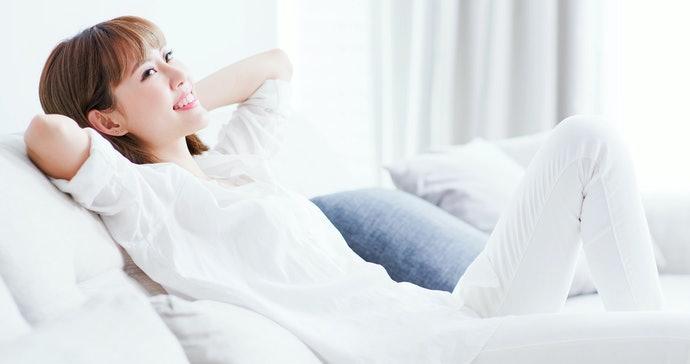 閱讀或看電影:注意靠枕及椅背可否調整