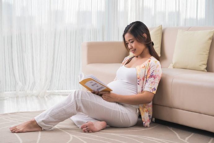 開始母嬰共讀的推薦時期