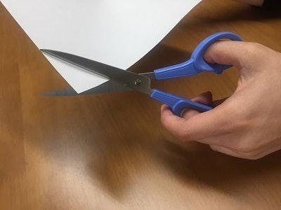 左撇子不要忘記選擇符合慣用手的款式