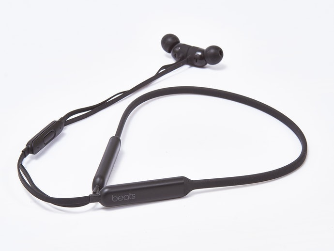 頸掛式耳機的利與弊