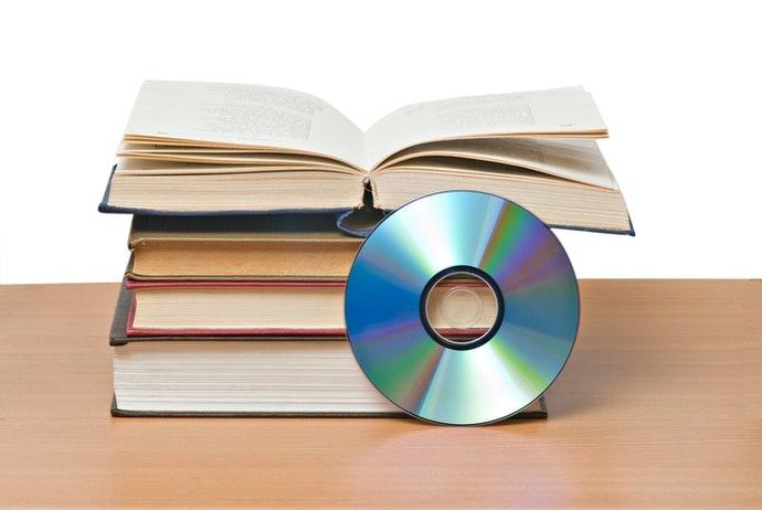 選擇附帶 CD 或是音檔的題庫
