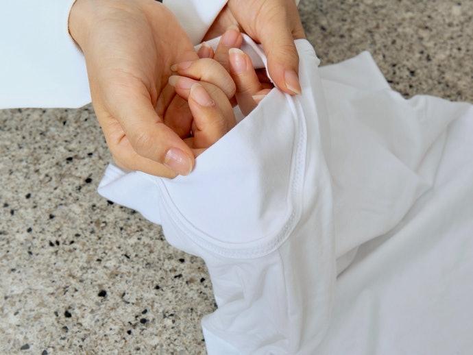 吸汗墊設計可幫助解決腋下出汗問題