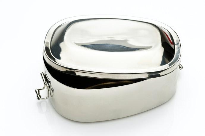 鋁、不鏽鋼製:堅固耐用,可用於蒸飯箱
