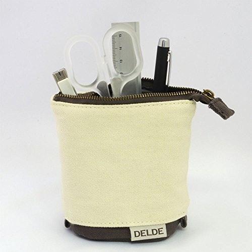 連筆以外的文具一併收納:大尺寸筆袋