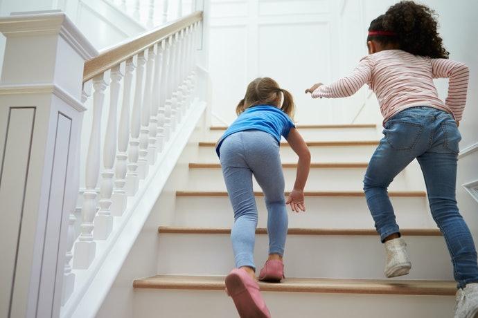 長形止滑墊:用於階梯防滑緩衝