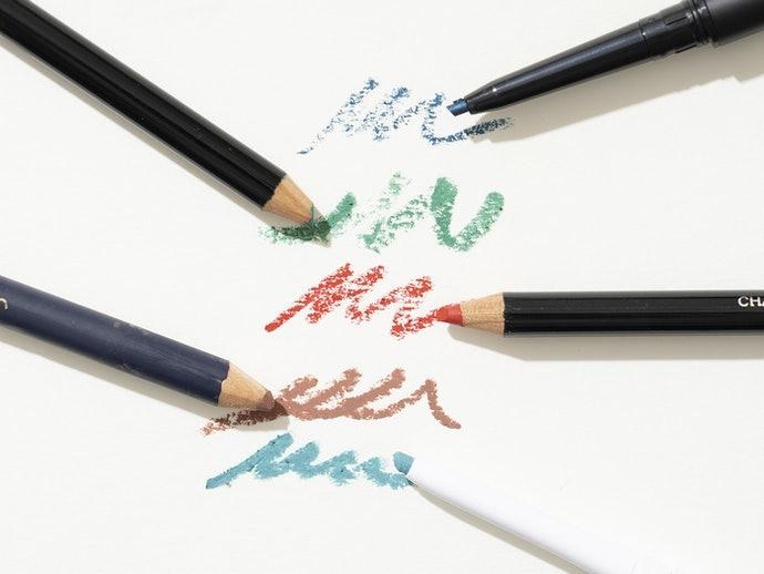 眼線鉛筆:妝效自然,可暈色做漸層