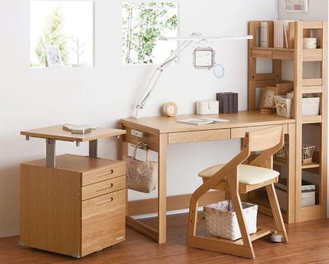 KOIZUMI BEENO 書桌 1