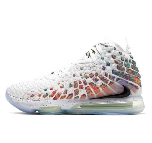 Nike LeBron 17 籃球鞋 1