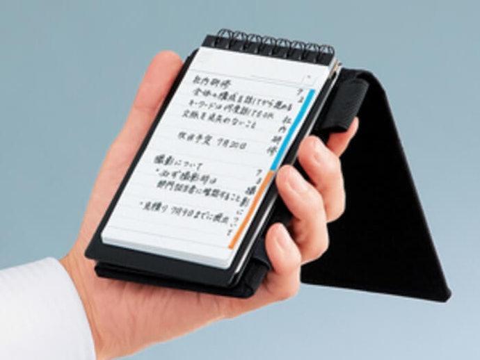 可方便隨處書寫的穩固背板