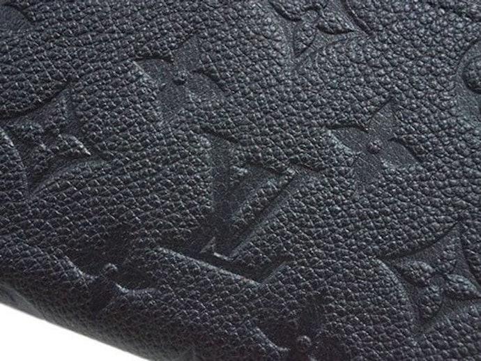 喜愛真皮或漆亮皮質感的話,推薦您選擇「皮革系列」