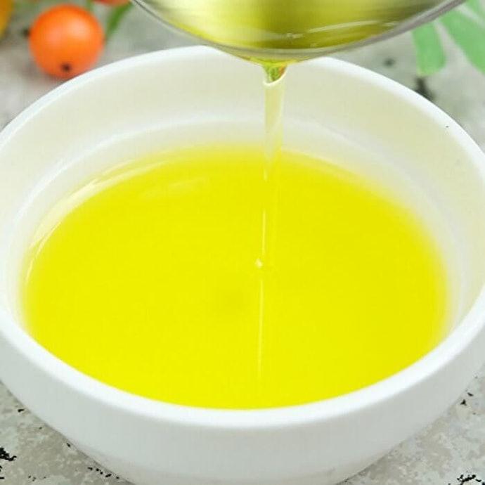 滲透性最強的護膚聖品「荷荷芭油」
