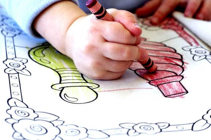 2~4歲幼兒:選擇著色面積較大的圖案