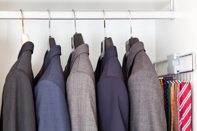 根據「衣櫥空間」挑選適合的款式