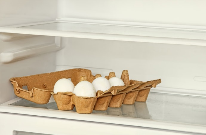 橫放或直放皆可的尺寸,能靈活調整冰箱空間